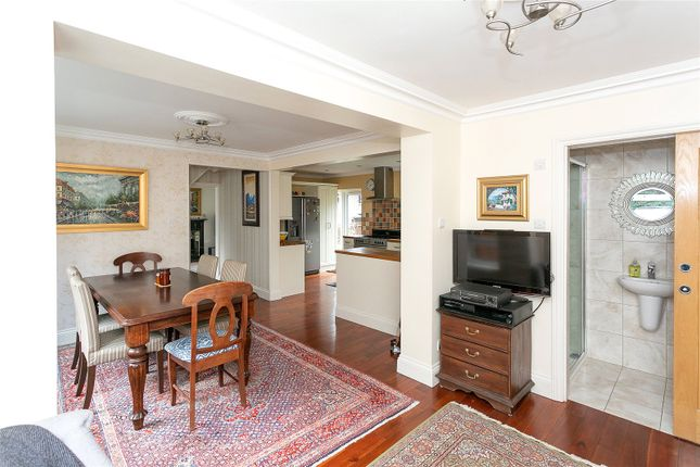 Picture No. 06 of Hyde Lane, Nash Mills, Hemel Hempstead HP3