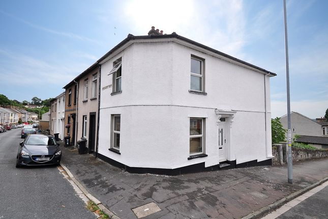 3 bed end terrace house to rent in Victoria Avenue, Newport NP19