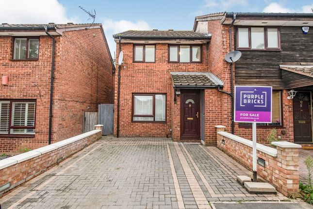 3 bed semi-detached house for sale in Rowlands Close, London NW7