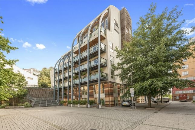 Thumbnail Flat for sale in Maurer Court, Renaissance Walk, Greenwich, London