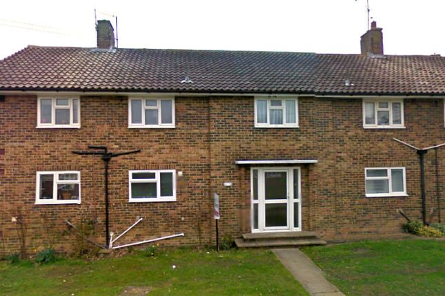 Thumbnail Flat to rent in St Cuthmans Road, Steyning