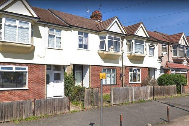 Thumbnail Maisonette for sale in Hornchurch Road, Hornchurch, Greater London