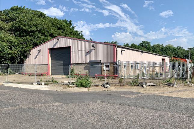 Thumbnail Warehouse to let in 31/32 Globe Industrial Estate, Rectory Road, Grays, Essex