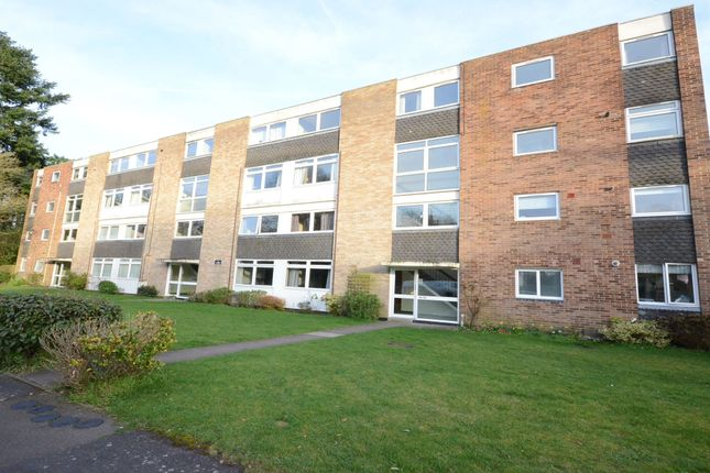 3 bed maisonette to rent in Woodlands, Fleet