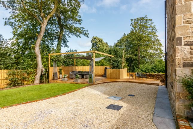 Garden of Stones Lane, Linthwaite, Huddersfield HD7
