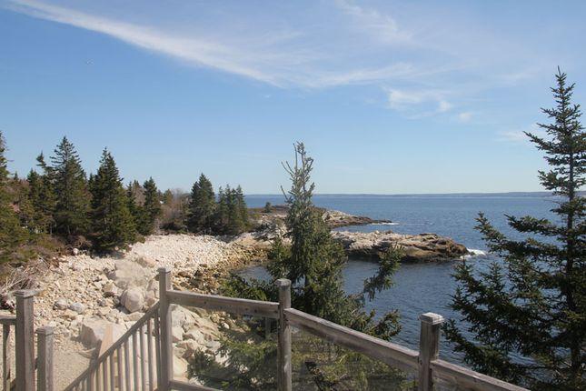 <Alttext/> of Northwest Cove, Nova Scotia, Canada