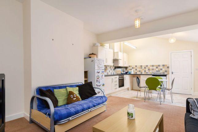 Thumbnail Flat to rent in Tang Hall Lane, York