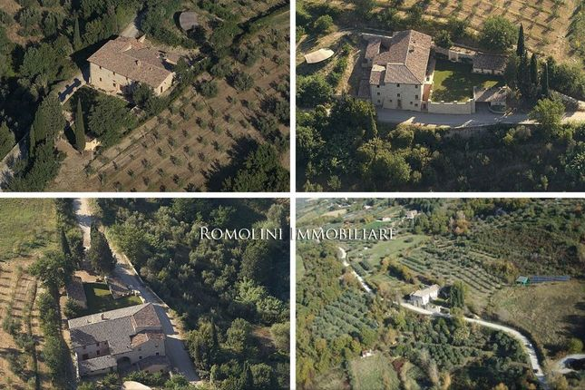 Thumbnail Property for sale in Perugia, Umbria, Italy