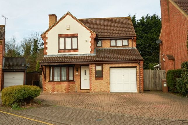 Thumbnail Detached house for sale in Dawes Close, Greenhithe