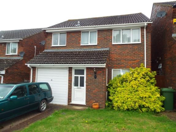 Thumbnail Detached house for sale in Woodford Green, Essex