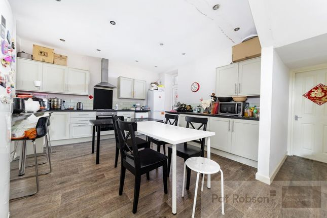 Thumbnail Property to rent in Westgate Road, Newcastle Upon Tyne