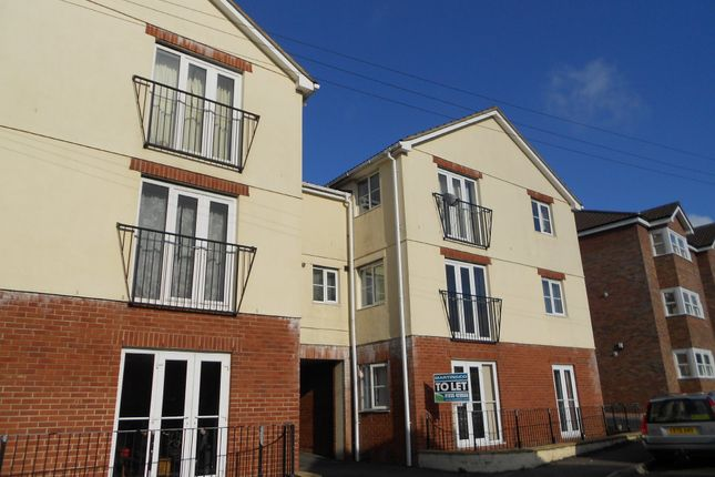Thumbnail Flat to rent in King Street, Yeovil