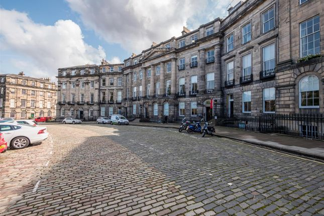 Thumbnail Flat for sale in Moray Place, New Town, Edinburgh