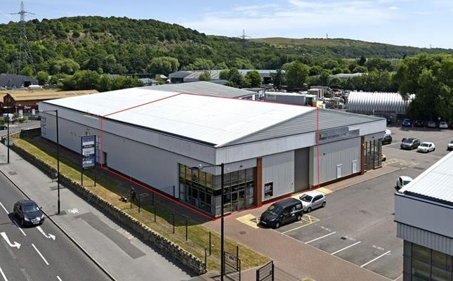 Light industrial to let in Unit 6, Hillsborough Trade Point, Penistone Road, Sheffield