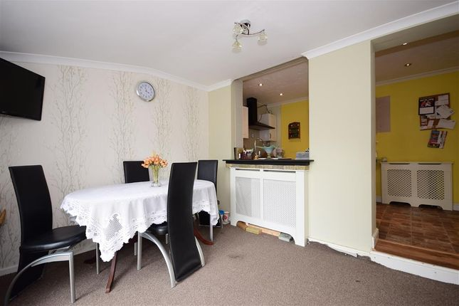 Thumbnail Terraced house for sale in Manor Farm Drive, London