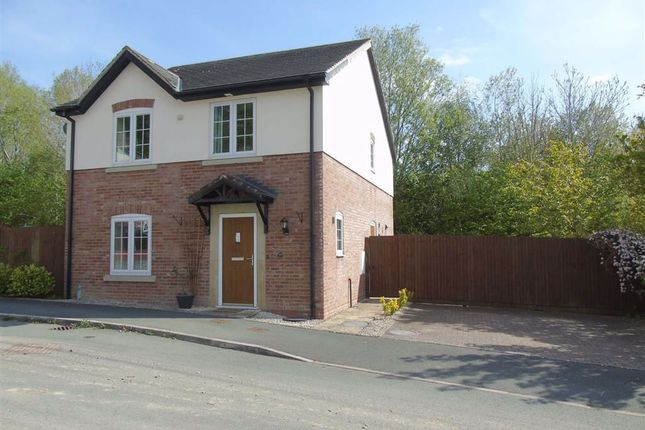 Thumbnail Detached house for sale in 39, Maes Y Dderwen, Llanfyllin, Powys