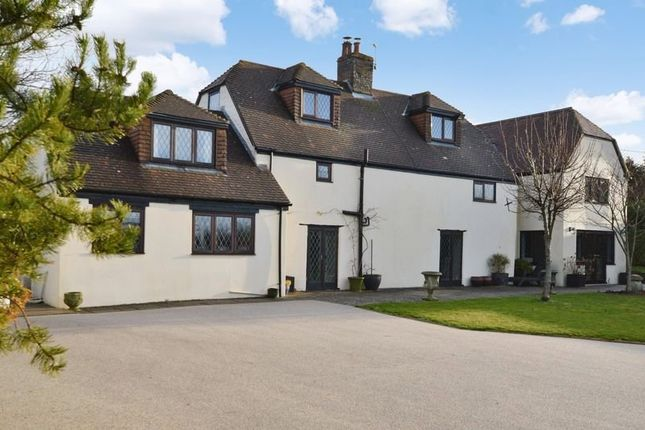Thumbnail Cottage for sale in Shaftesbury Road, Mere, Warminster
