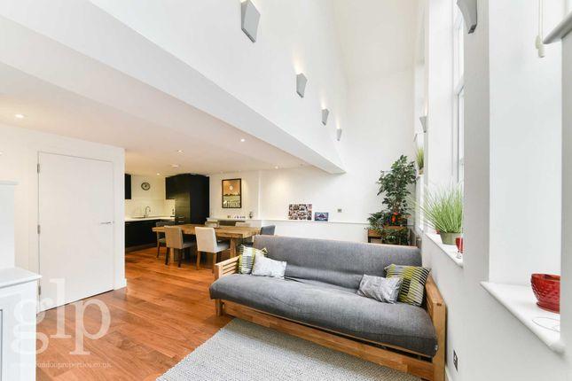 2 bed maisonette to rent in Berwick Street, Soho W1F