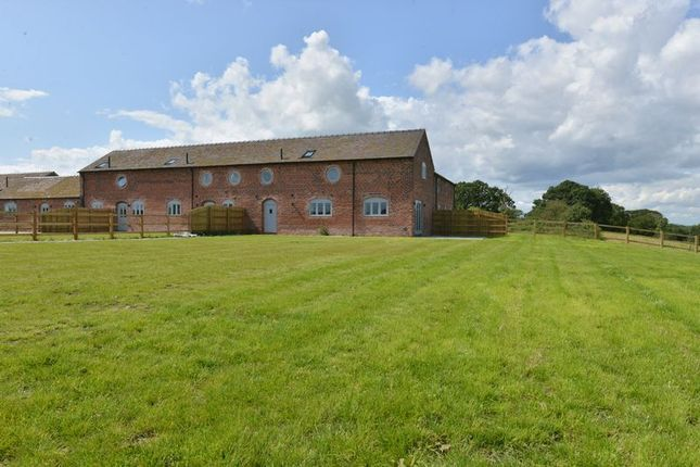 Thumbnail Barn conversion for sale in Rushy Lane, Barthomley, Crewe