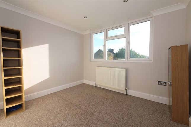 4 bed terraced house to rent in Capworth Street, London, Greater London. E10