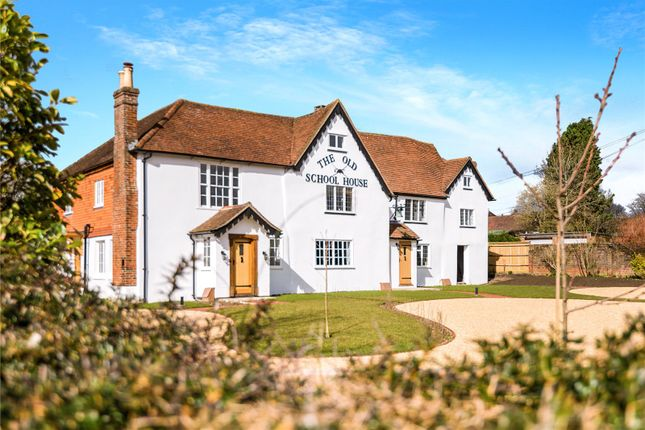 2 bed end terrace house for sale in The Old School House, Stane Street, Ockley, Dorking RH5