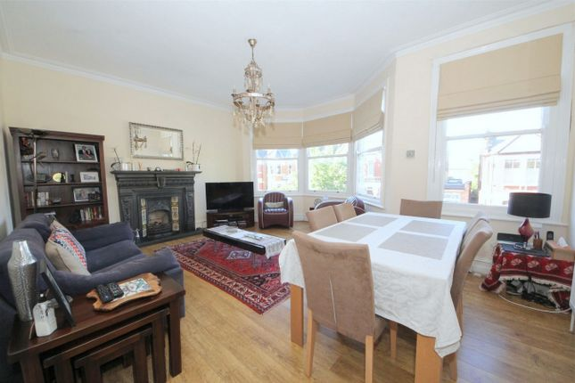 Thumbnail Flat for sale in Osborne Road, London