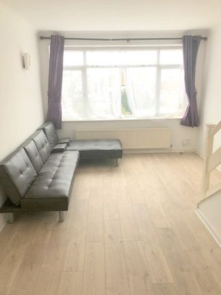 Thumbnail Terraced house to rent in Abbey Crescent, Kent