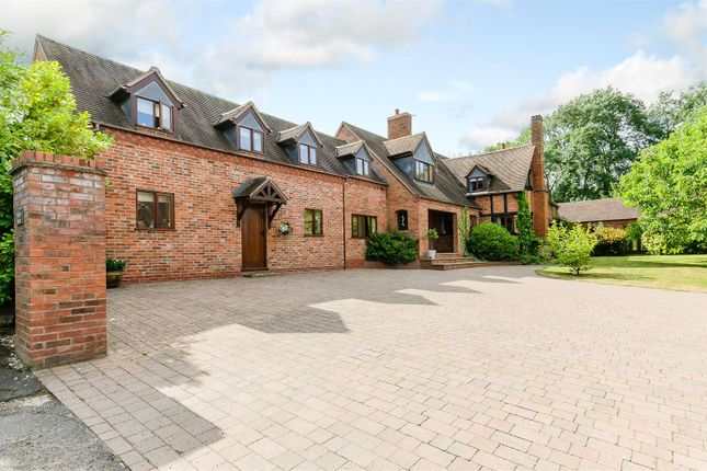 Thumbnail Detached house for sale in Hanbury Road, Hanbury, Bromsgrove, Worcestershire