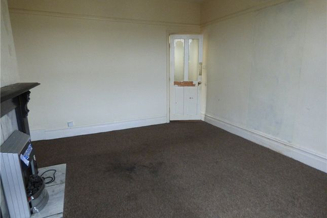 Lounge of Wood View Terrace, Keighley, West Yorkshire BD21