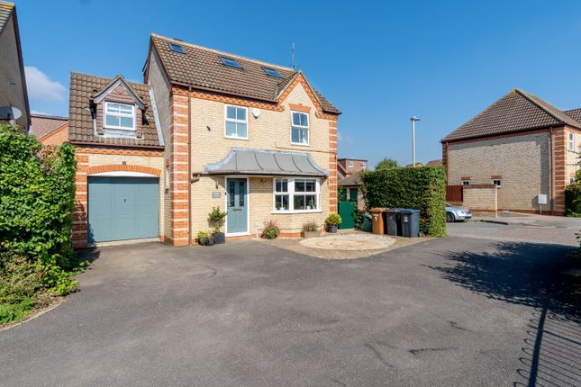 Thumbnail Detached house for sale in Snowdrop Close, Bishop's Stortford