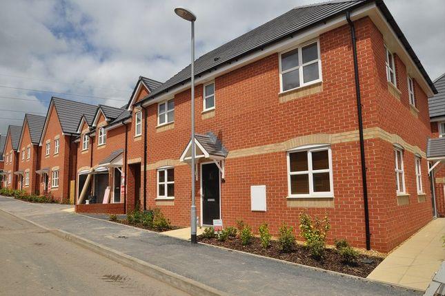 Thumbnail Flat to rent in Sandiacre Avenue, Stoke-On-Trent