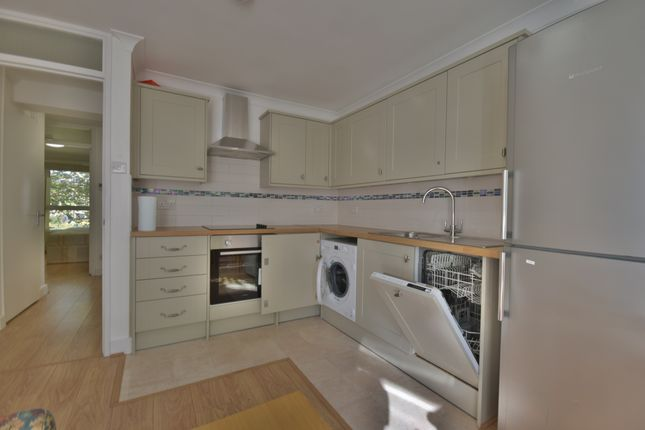 Thumbnail Flat to rent in St Johns Grove, Archway, London