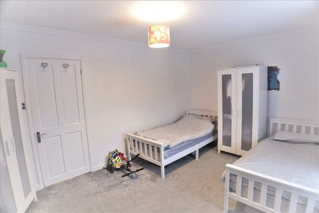 Bedroom 1 of Pontypridd Road, Porth CF39