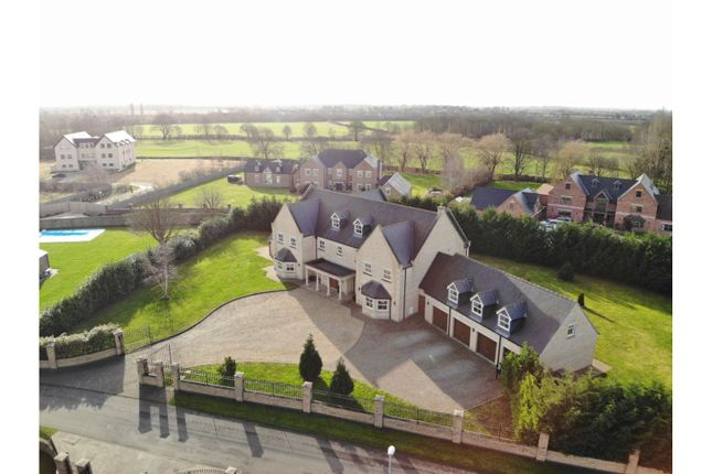Thumbnail Detached house for sale in 12 The Fairways, Torksey