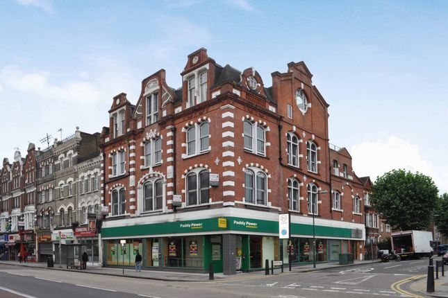 Thumbnail Flat to rent in Kilburn High Road, London