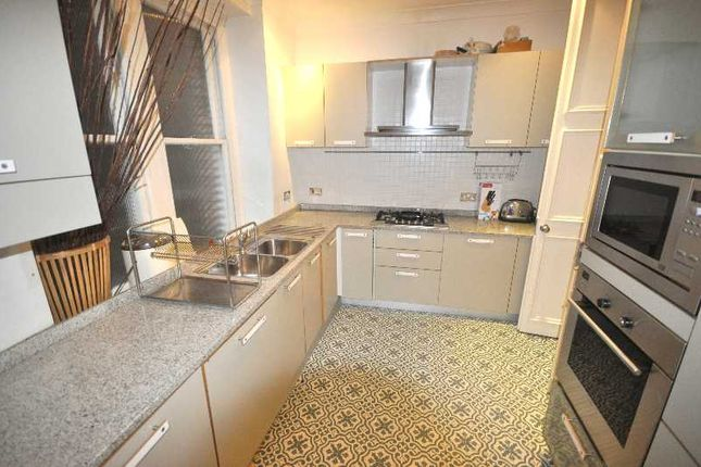 4 bed flat to rent in Lauderdale Mansions, Lauderdale Road, London