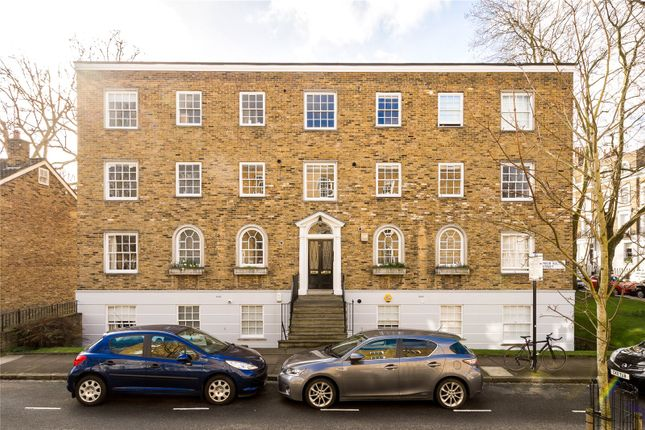 2 bed flat for sale in Prior Bolton Street, London