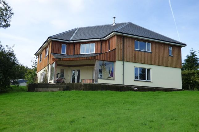 3 bed farm for sale in Clynblewog, Trelech, Carmarthen SA33