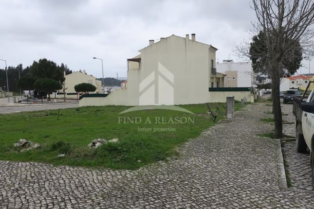 Land for sale in Caldas Da Rainha — Santo Onofre E Serra Do Bouro, Portugal