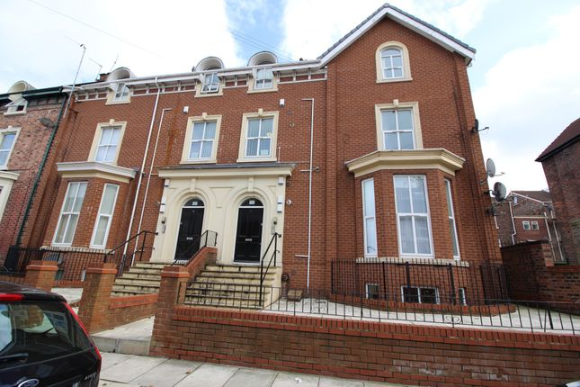 2 bed flat to rent in Balmoral Road, Fairfield, Liverpool, Merseyside