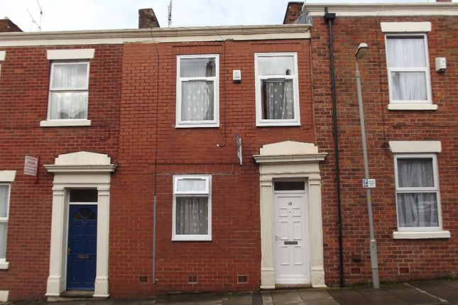 Thumbnail Terraced house to rent in Christ Church Street, Preston