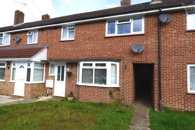 Thumbnail Terraced house to rent in High Lawn Way, Havant