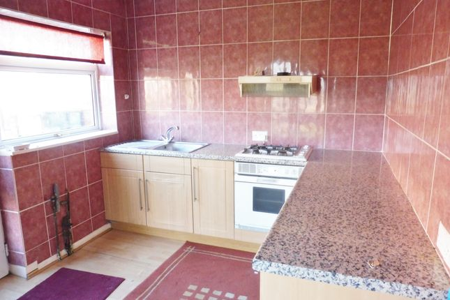 Kitchen of Skiers View Road, Hoyland Common S74