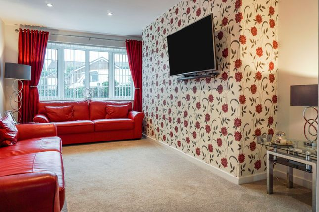 Sitting Room of Beancroft Close, Wadworth, Doncaster DN11
