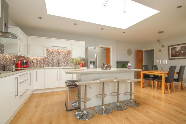 Kitchen Diner of Highfield Close, Westcliff-On-Sea SS0