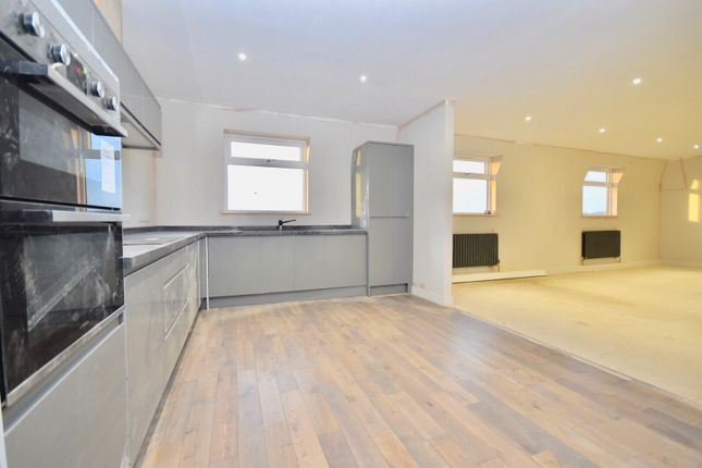 Thumbnail Penthouse for sale in Station Road, Kettering