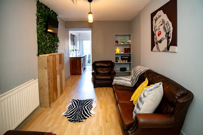 6 bed shared accommodation to rent in Milton Terrace, Swansea SA1