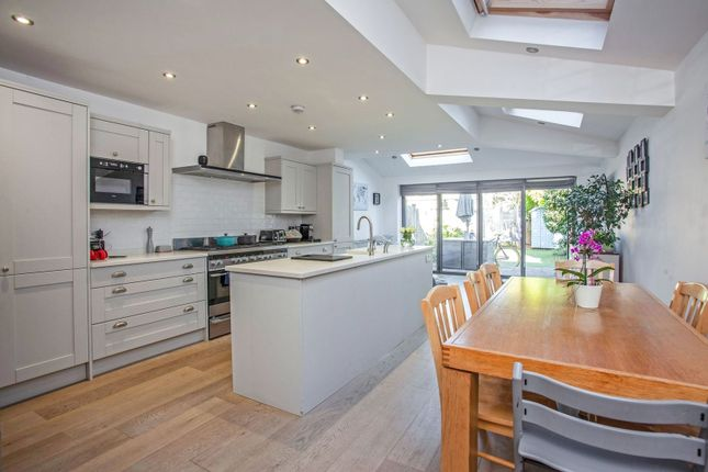 Thumbnail Terraced house for sale in Wiseton Road, Wandsworth / Wandworth Common