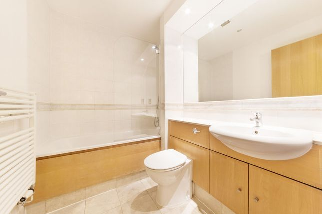 Photo 10 of The Whitehouse Apartments, 9 Belvedere Road, Southbank, Waterloo, London SE1