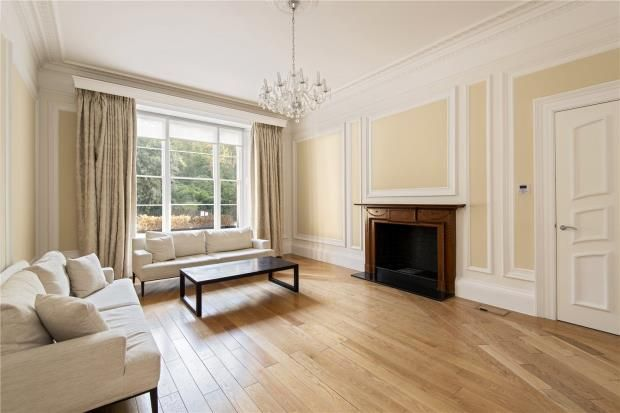 Thumbnail Flat to rent in Eccleston Square, Pimlico, London